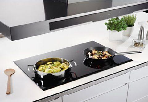 Tại sao bạn nên chọn mua bếp từ âm cho căn bếp nhà mình?