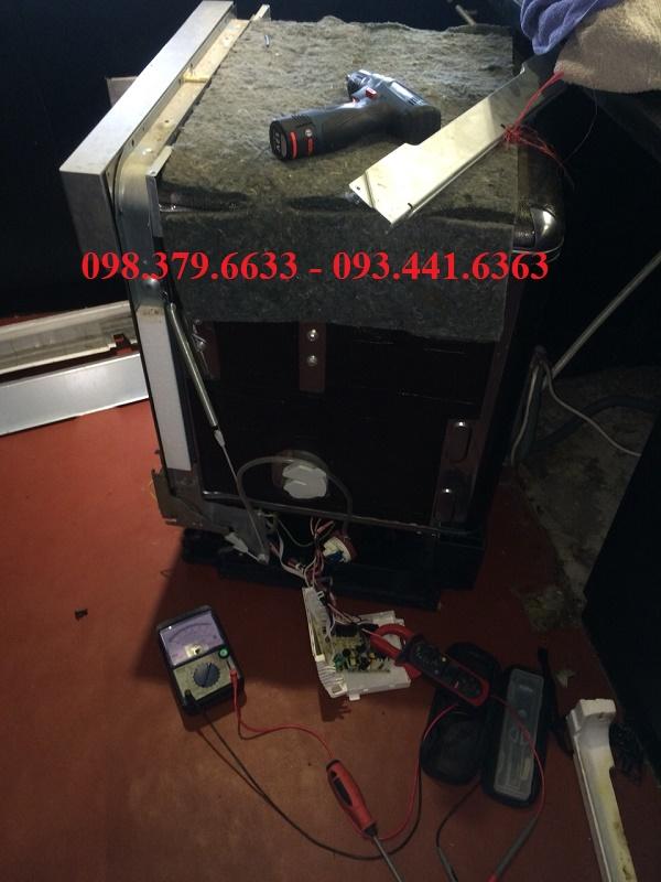 Sửa chữa máy rửa bát Faster tại nhà