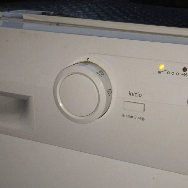 Sửa chữa máy rửa bát Balay tại nhà