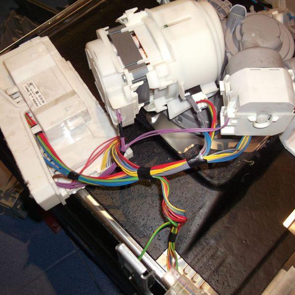 Sửa chữa máy rửa bát Baumatic giá rẻ