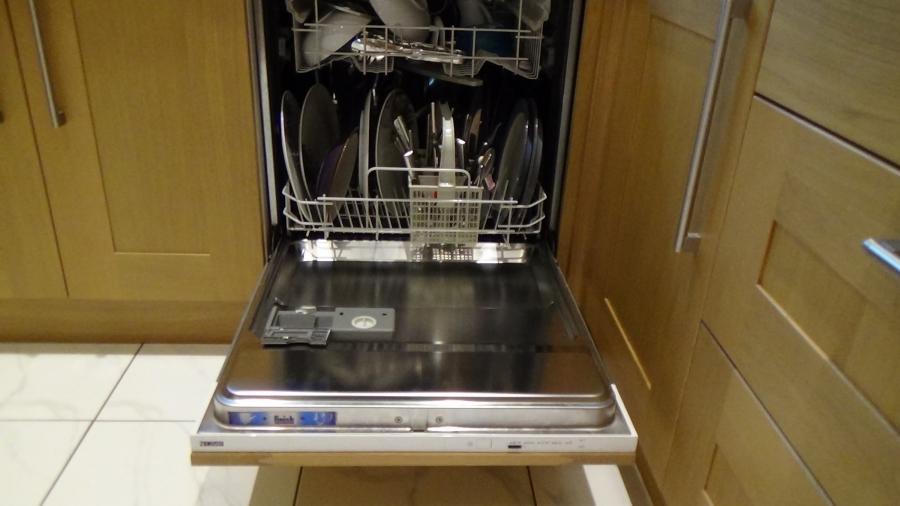 Sửa máy rửa bát De Dietrich
