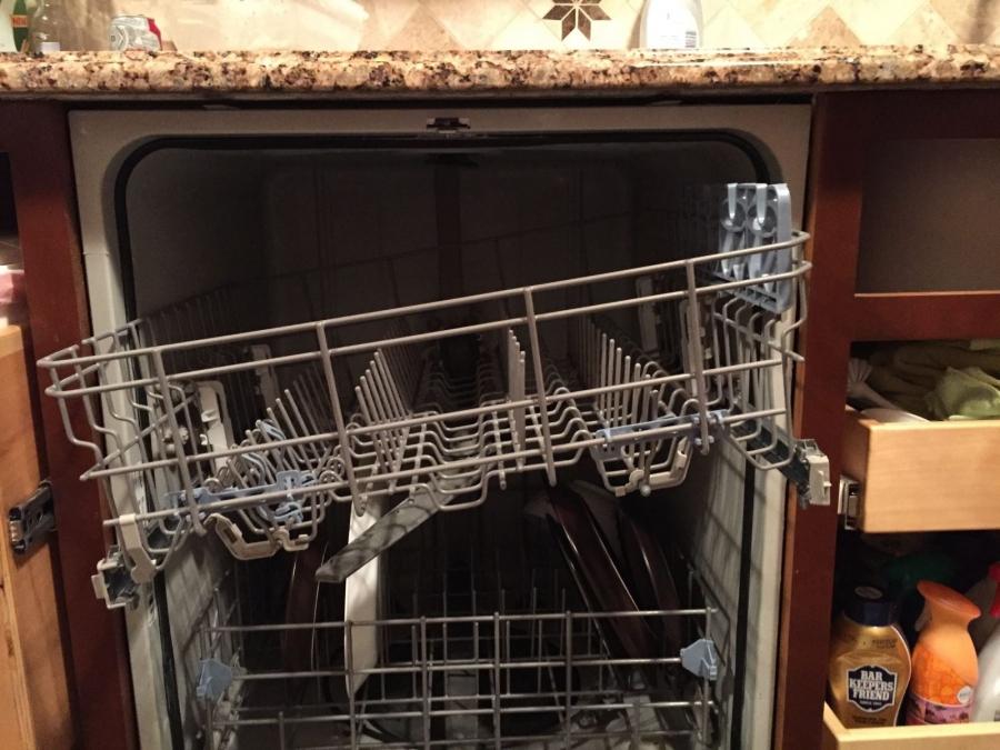 Sửa máy rửa bát Chefs