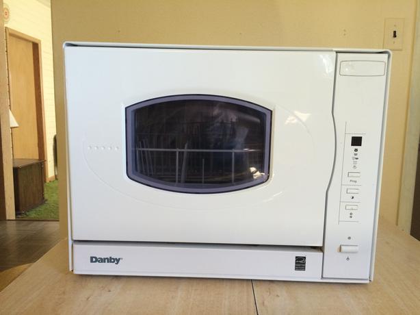 Sửa chữa máy rửa bát Danby tại nhà