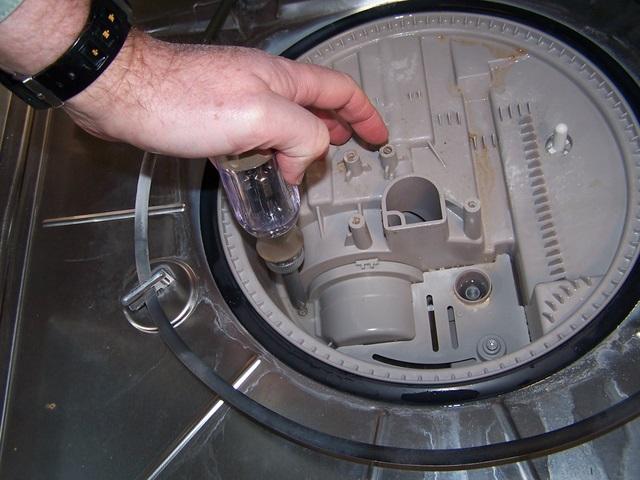 Sửa chữa máy rửa bát Faber giá rẻ